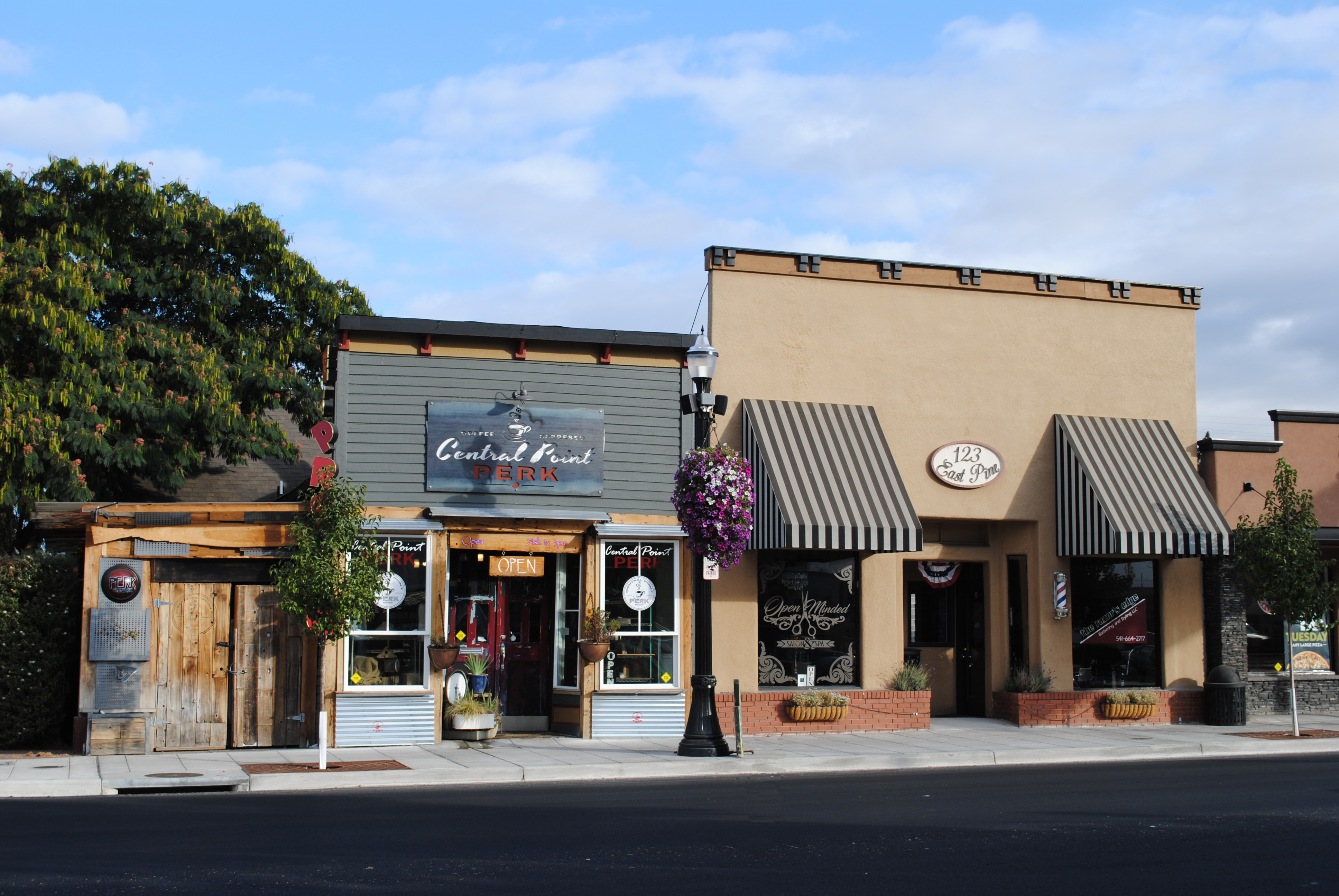 3599c1a8 Travel Southern Oregon | Enjoy the Small-Town Life in Central Point