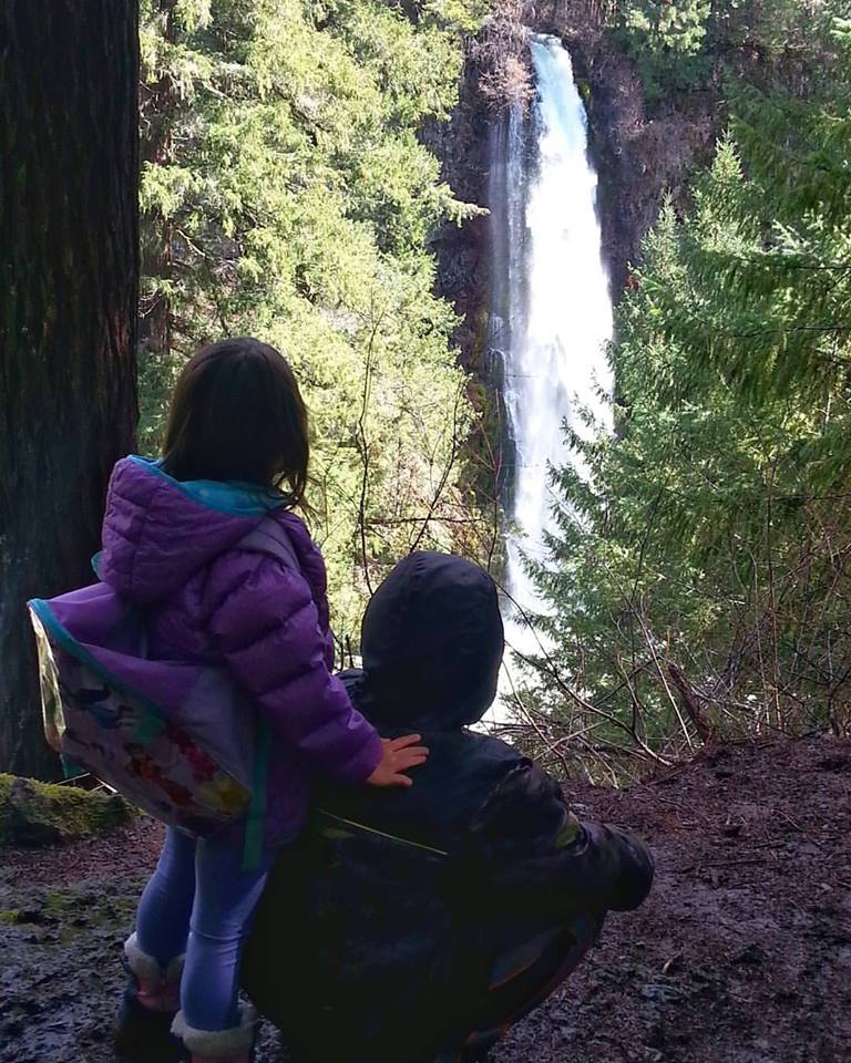 Waterfalls - Hiking - Travel Southern Oregon - Things to do - What to do