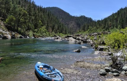 Kayak at the Illinois River - Travel Southern Oregon - What to do