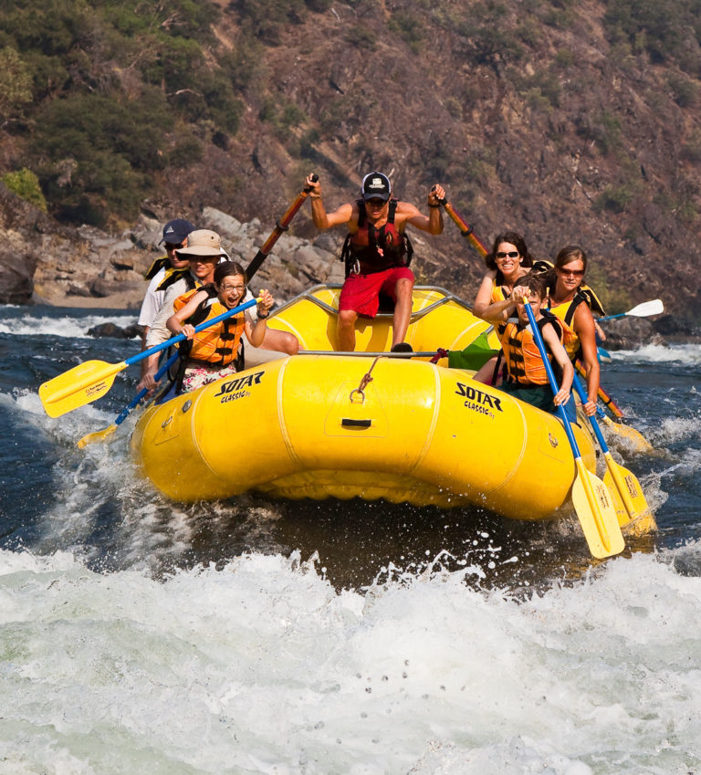 Travel Southern Oregon | Rafting In Southern Oregon
