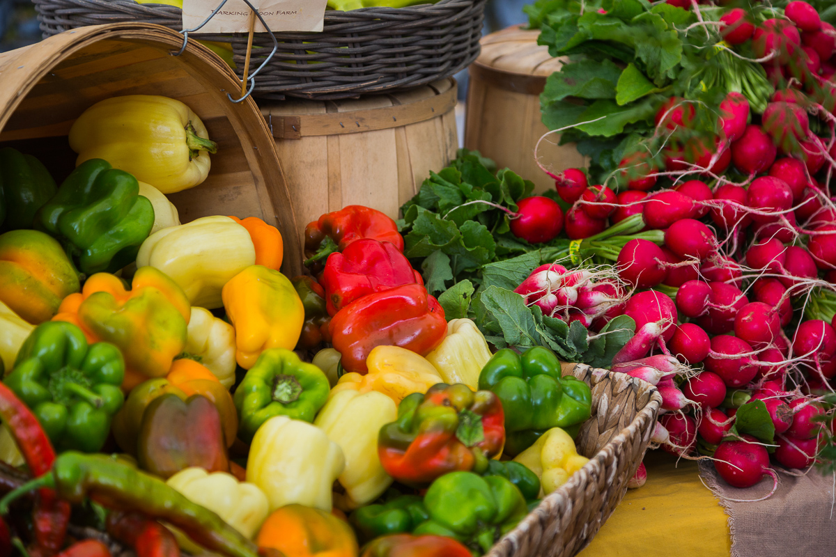 Rogue Valley Farmers & Crafters Market Photo Jak Wonderly