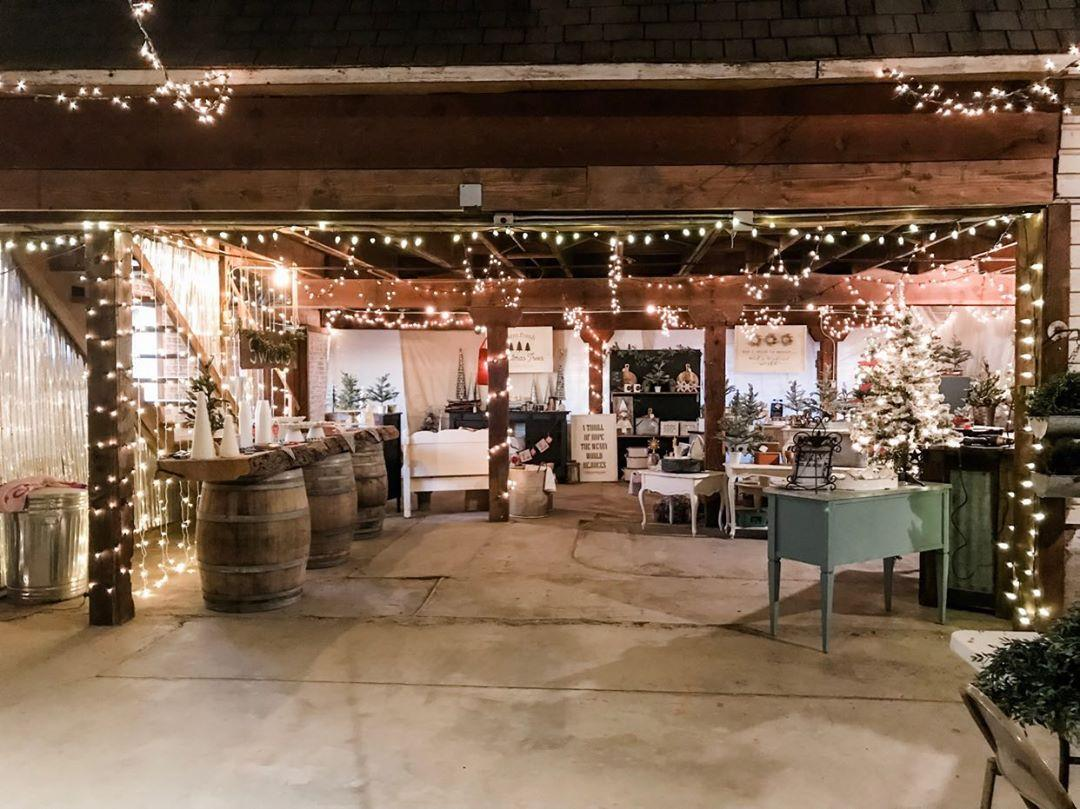 Farmhouse Christmas Market - Merrill - Klamath Falls - What to do in Southern Oregon - Things to do