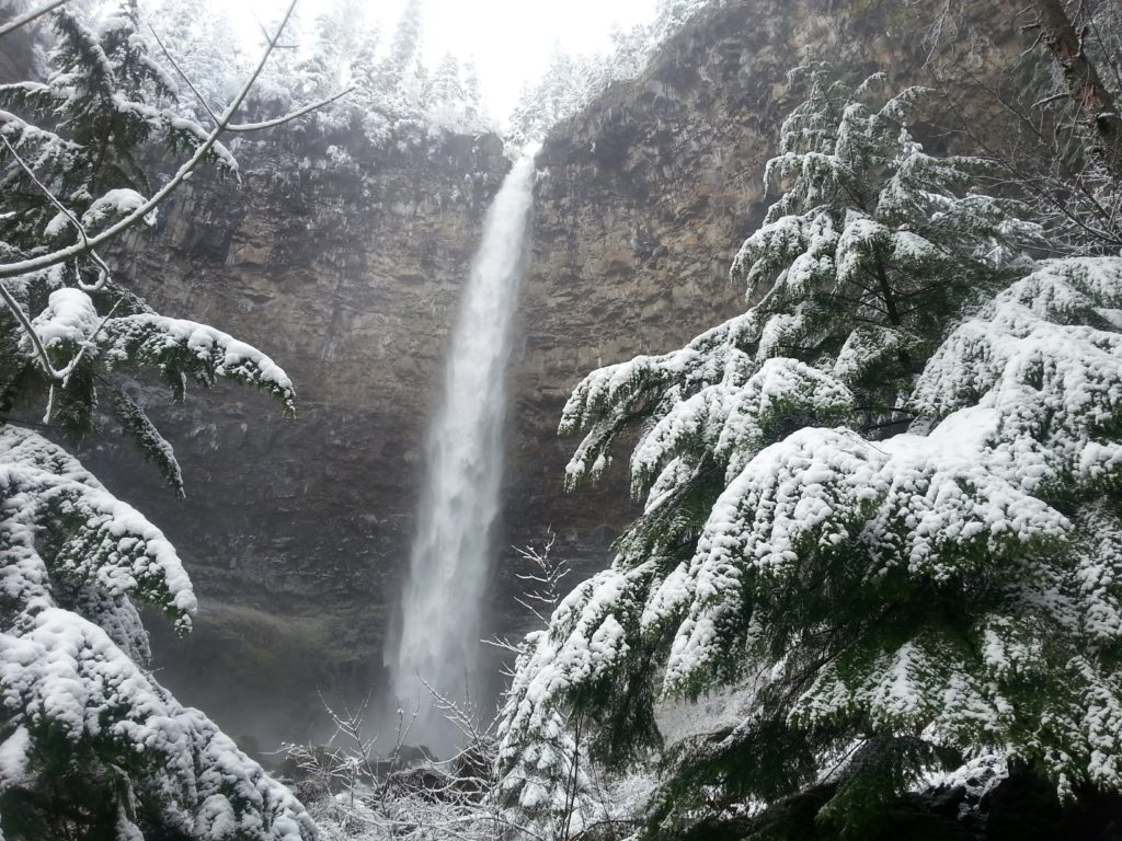Fall Creek Falls - Waterfalls - What to do in Southern Oregon - Travel - Things to do